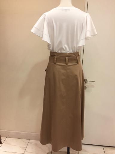 今年トレンドのスカート_c0223630_22543083.jpg