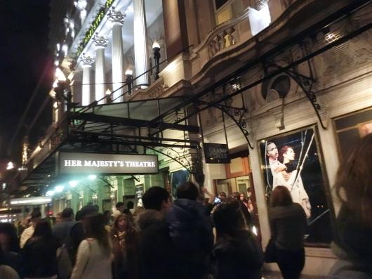 【オペラ座の怪人】~ロンドン ハー マジェスティーズ シアター~_e0303431_18321064.jpg