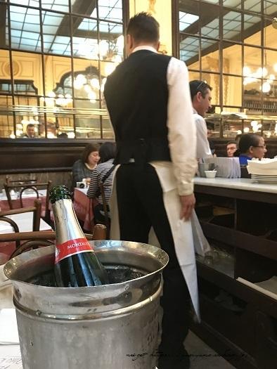 フランスパリ『クリニャンクール蚤の市』でハンドメイド資材探し♪_f0023333_22432729.jpg