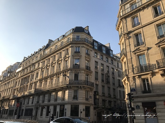 フランスパリ『クリニャンクール蚤の市』でハンドメイド資材探し♪_f0023333_22441961.jpg