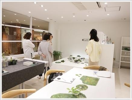 ガラスの器で初夏のテーブル -松山美恵さんの器を使って ~ブラッシュアップクラス_d0217944_22542248.jpg