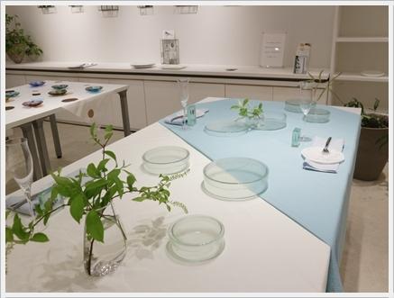 ガラスの器で初夏のテーブル -松山美恵さんの器を使って ~ブラッシュアップクラス_d0217944_23000829.jpg