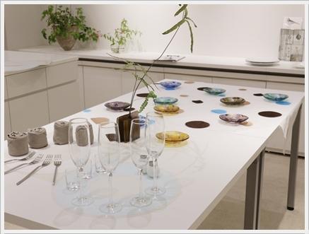 ガラスの器で初夏のテーブル -松山美恵さんの器を使って ~ブラッシュアップクラス_d0217944_23171616.jpg