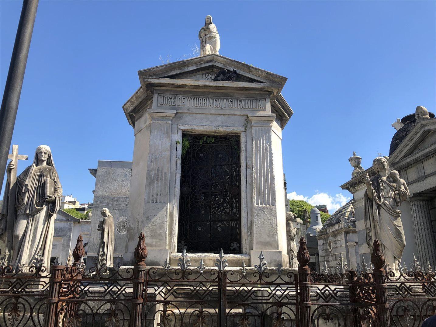 """中南米の旅/45 美しすぎるお墓""""レコレータ墓地""""@ブエノスアイレス_a0092659_22573494.jpg"""