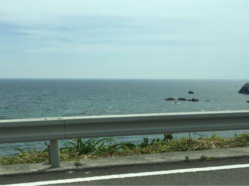 鹿児島の、たった三日間で思う。ちいせぇこと気にして生きてんのかな?オレ?_f0054969_19225612.jpg