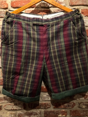 "1960s "" UNKNOWN \"" 100% cotton VINTAGE - MADRAS CHECK - Earth Color SHORTS ._d0172088_19073293.jpg"