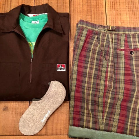 "1960s "" UNKNOWN \"" 100% cotton VINTAGE - MADRAS CHECK - Earth Color SHORTS ._d0172088_20493421.jpg"