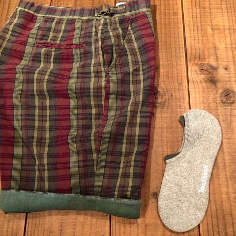 "1960s "" UNKNOWN \"" 100% cotton VINTAGE - MADRAS CHECK - Earth Color SHORTS ._d0172088_20505932.jpg"