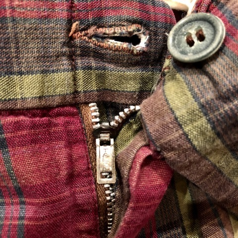 "1960s "" UNKNOWN \"" 100% cotton VINTAGE - MADRAS CHECK - Earth Color SHORTS ._d0172088_21001025.jpg"