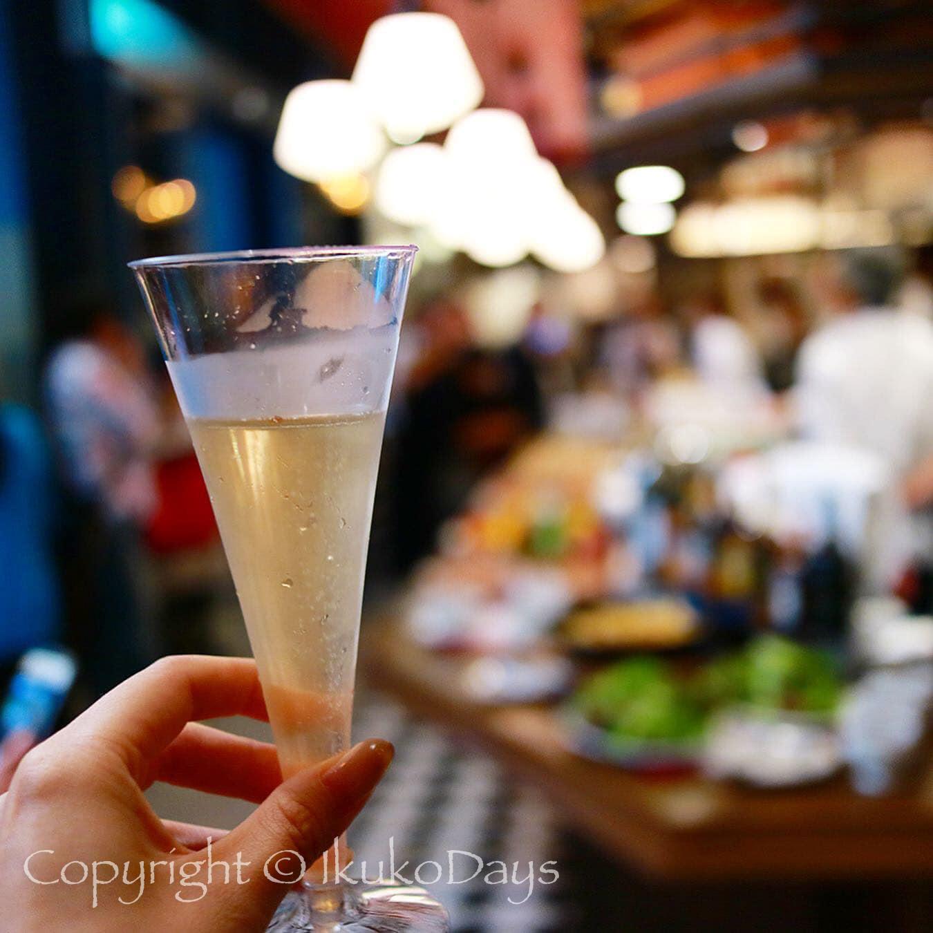 パリで連日行列必須の肉ビストロが 日本橋 にオープン:『サクレフルール 日本橋店』日本橋_d0114093_04472089.jpg