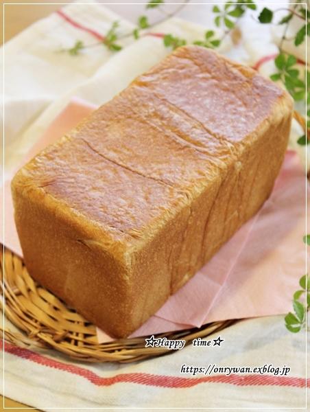 OLさんのパン弁当と~シュガーパイン♪_f0348032_17271394.jpg