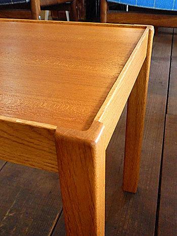 side table_c0139773_15343858.jpg