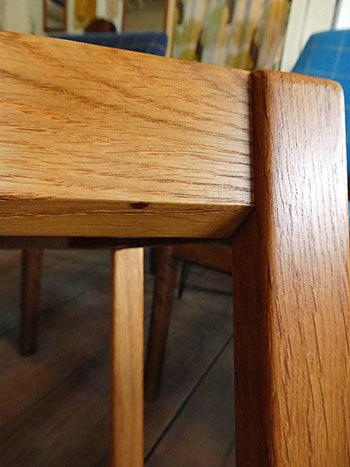 side table_c0139773_15362501.jpg