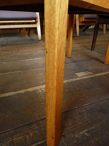 side table_c0139773_15370262.jpg