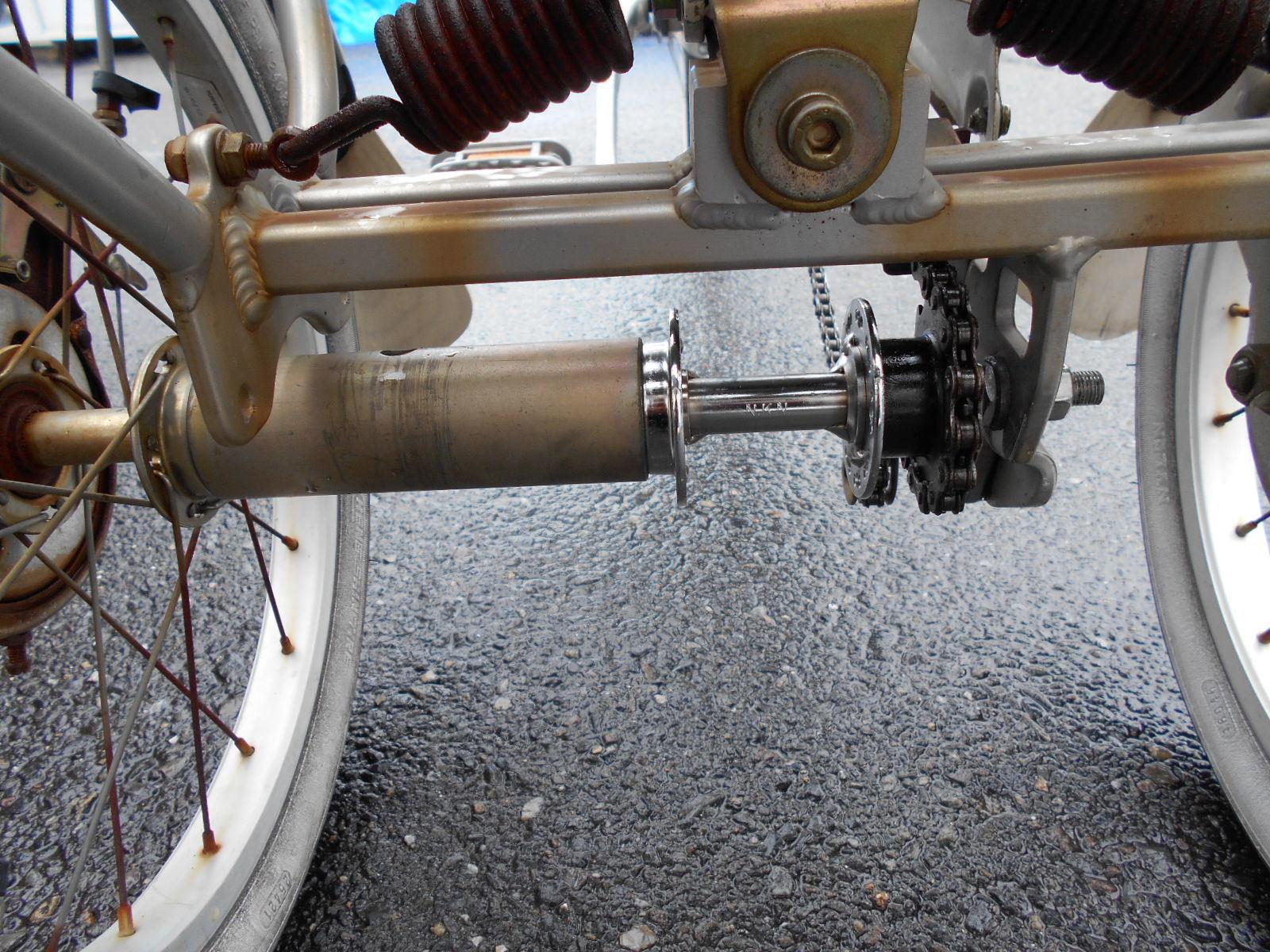 三輪車のハブ交換_b0189682_14394486.jpg