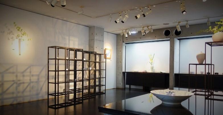 木村知子 作品展『器に咲く季節の花々…』開催中です_b0232919_19523374.jpg