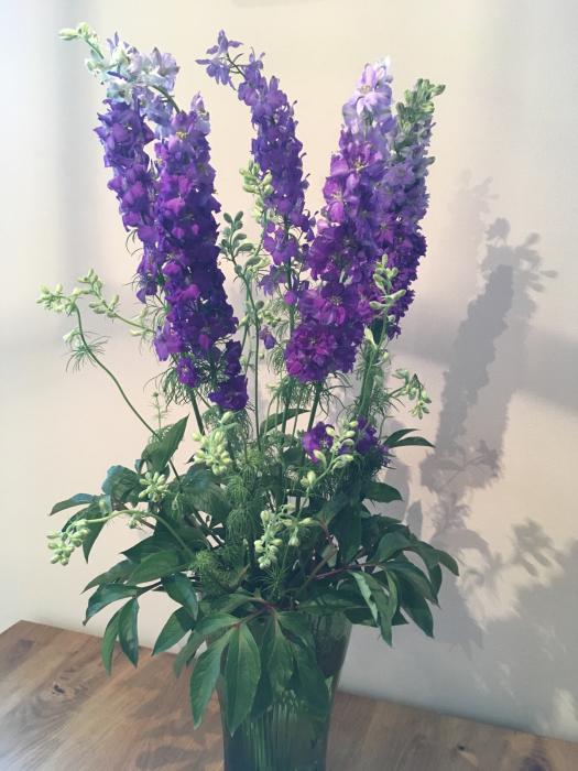 お花の投げ入れと保たせ方_f0155431_21493947.jpg