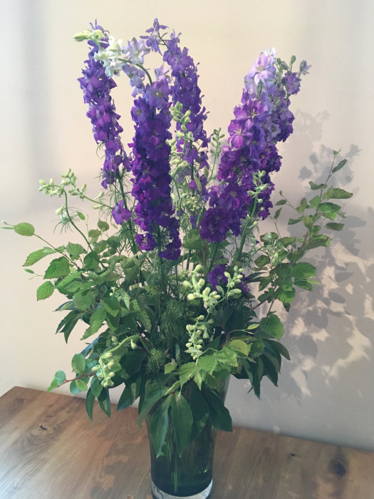 お花の投げ入れと保たせ方_f0155431_21494175.jpg