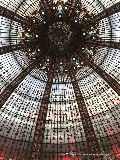 旅の予算と『ギャラリー・ラファイエット・パリ』天井の素敵なステンドグラス♪_f0023333_20224631.jpg