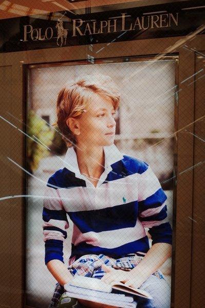 ガラスの中の女たち(1974)_b0190540_06574952.jpg
