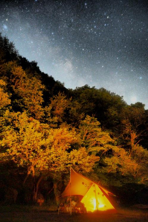 【Photo】キャンプの夜と、天の川、万葉の句_b0008655_23360348.jpg