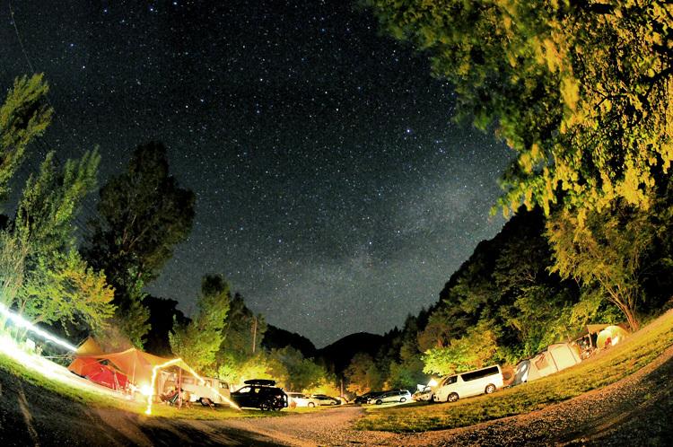 【Photo】キャンプの夜と、天の川、万葉の句_b0008655_23363058.jpg