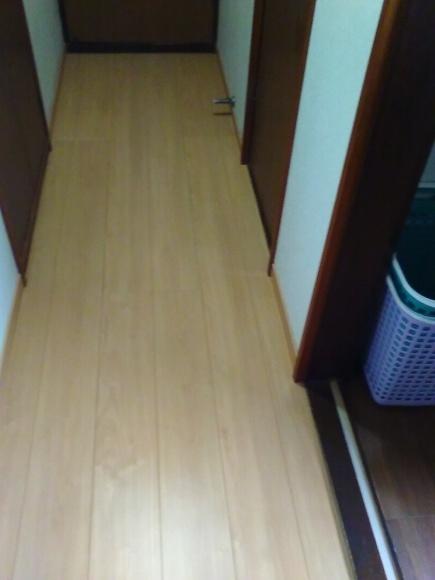 廊下の床貼り替え_d0244968_14462200.jpg