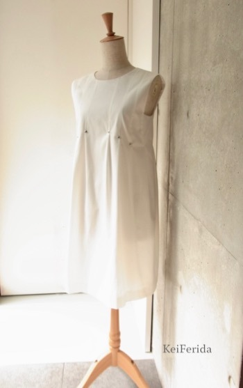White tacked dress_b0204879_10084759.jpg