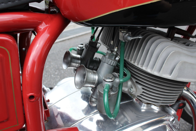 Moto CM 250 Twin 入荷_a0208987_15051308.jpg