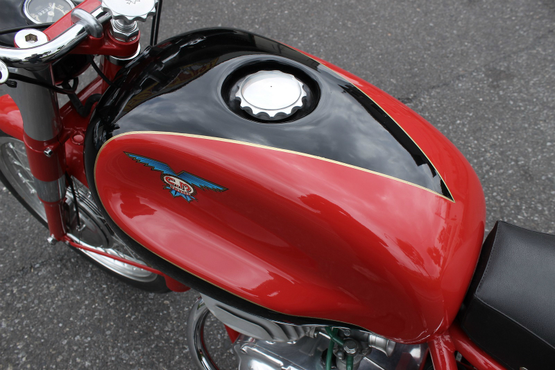 Moto CM 250 Twin 入荷_a0208987_15052941.jpg