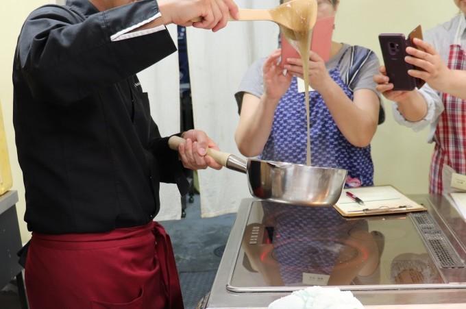 和菓子レッスンが開催されました!_d0085594_17133063.jpg