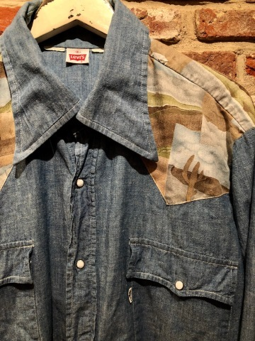 "1970s "" Levi\'s - BAT WING tag - \"" 100% cotton CHAMBRAY 切替 VINTAGE WESTERN SHIRTS ._d0172088_18541836.jpg"