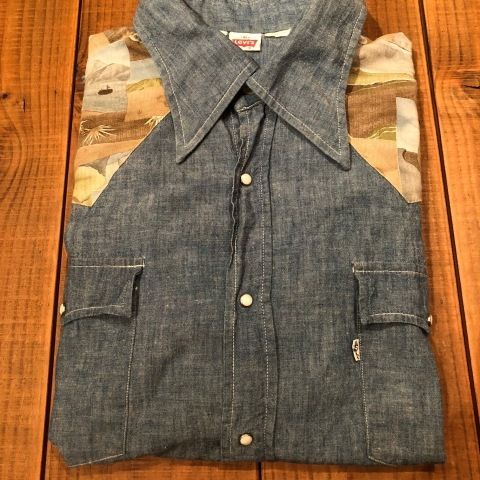 "1970s "" Levi\'s - BAT WING tag - \"" 100% cotton CHAMBRAY 切替 VINTAGE WESTERN SHIRTS ._d0172088_21550068.jpg"