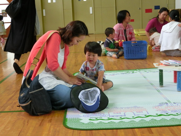 ようこそ幼稚園へ!_c0352707_07155173.jpg