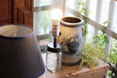 Rowe Pottery のポタリーのジャーをランプに_f0161543_1652720.jpg