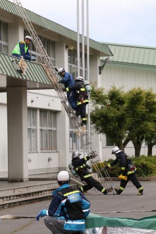 防災意識の高揚を図る 令和元年度十和田市総合防災訓練_f0237658_14445547.jpg