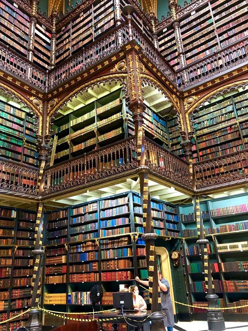 """中南米の旅/48  ハリーポッターの世界 \""""幻想図書館""""@リオ_a0092659_15431903.jpg"""