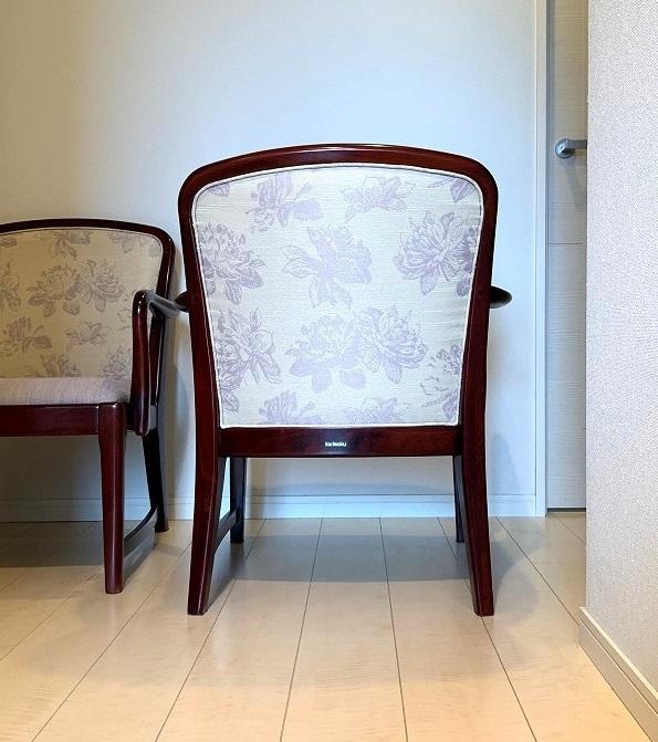 カリモク家具の椅子の再生実例_d0224984_17484461.jpg