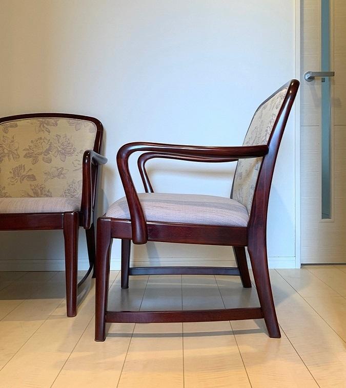 カリモク家具の椅子の再生実例_d0224984_17484907.jpg