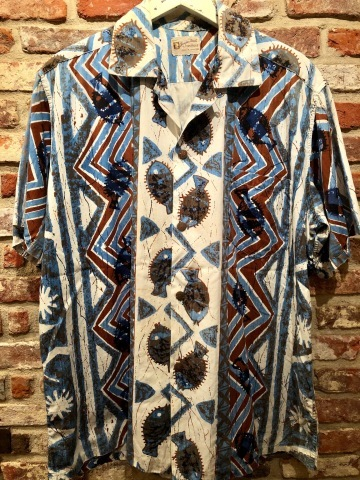 "1960s "" STAN HICKS \"" 100% COTTON VINTAGE - HAWAIIAN SHIRTS - ココナッツ釦 ._d0172088_18384468.jpg"
