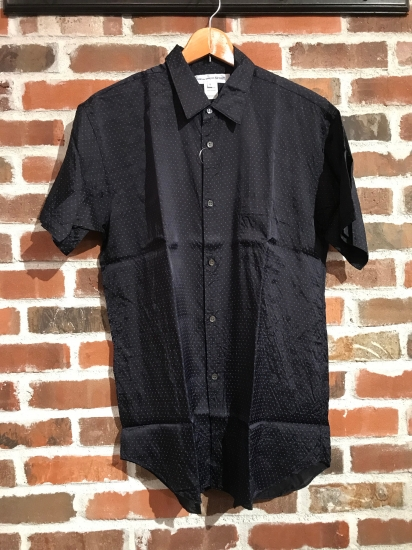 ""\""""SHIRTS"""" Selection by COMME des GARCONS._c0079892_18301917.jpg""412|550|?|en|2|694e630d9c6ed273434da11bfff40d4f|False|UNLIKELY|0.31027746200561523