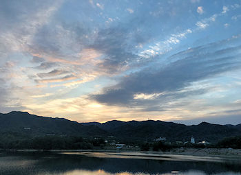 夕方の散歩_e0103024_21544954.jpg