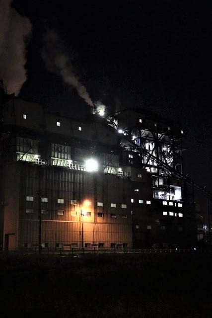 藤田八束の鉄道写真@石巻復興のシンボル日本製紙の夜景、元気に力強さを見せる・・・昼間の姿も素晴らしい、この姿が復興のシンボルだ_d0181492_09523780.jpg