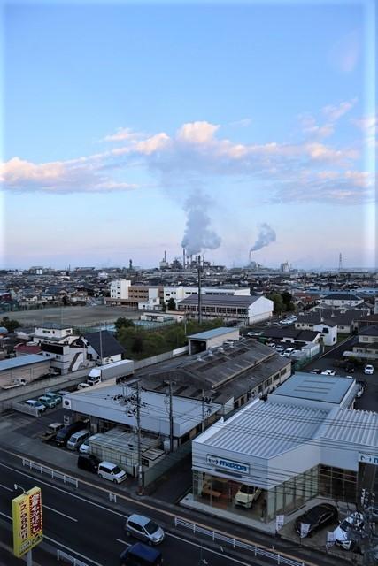 藤田八束の鉄道写真@石巻復興のシンボル日本製紙の夜景、元気に力強さを見せる・・・昼間の姿も素晴らしい、この姿が復興のシンボルだ_d0181492_09583598.jpg