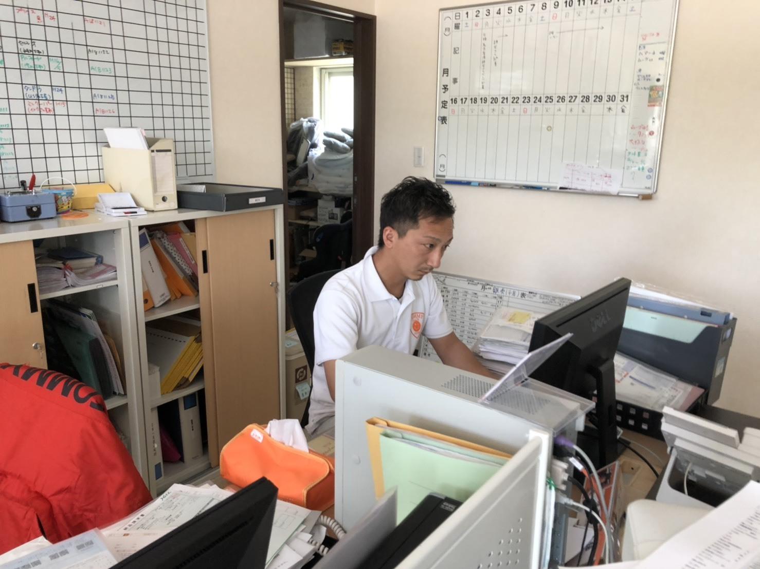 6月2日(日)♛クラウンK様&LX450DI様納車♛ランクル レクサス ベンツ⊛TOMMY⊛_b0127002_17251766.jpg