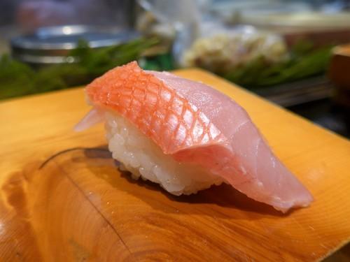 住所非公開「ボブ寿司」へ行く。_f0232060_18443630.jpg