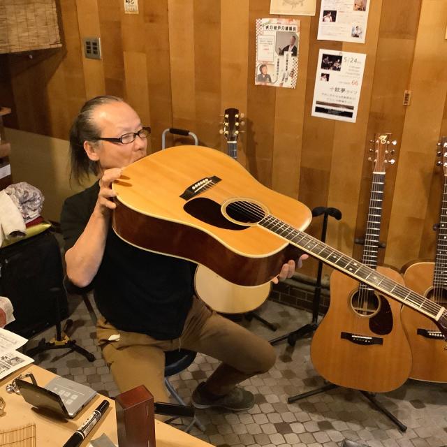 平光ギター新作試し斬りとMartin D-35 1967年に唸る。_a0334793_19203153.jpg