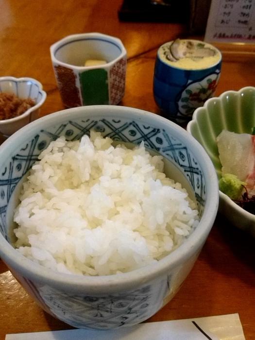 東京・新橋 「活魚料理ととや」 美味!刺身三点盛定食_c0362623_20210272.jpg