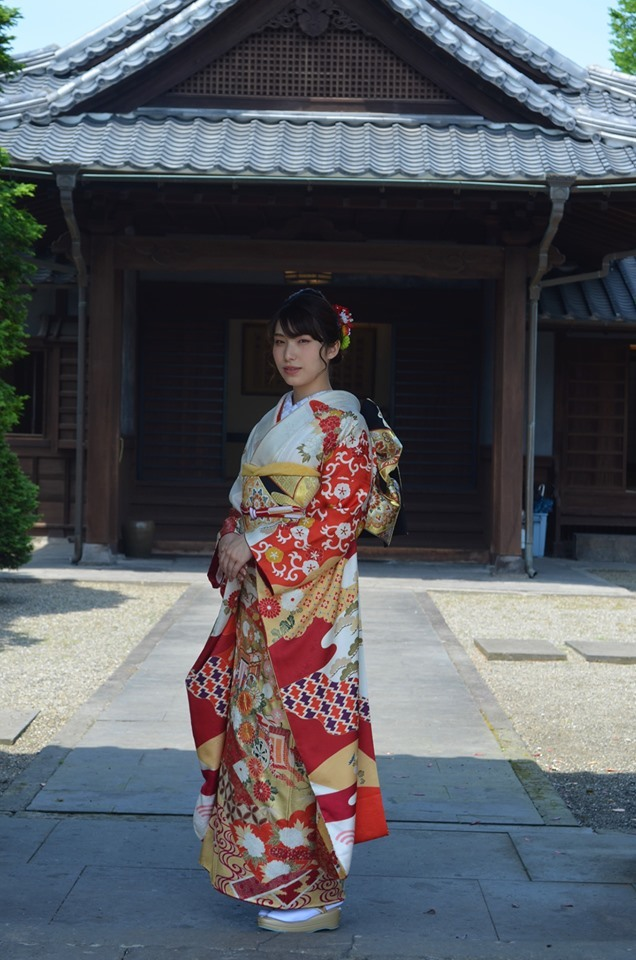 従妹 成人式前撮り^^  嬉しそうなばあちゃん♪_d0230676_15435357.jpg