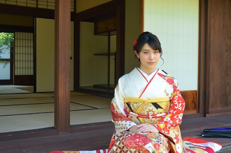 従妹 成人式前撮り^^  嬉しそうなばあちゃん♪_d0230676_15440240.jpg